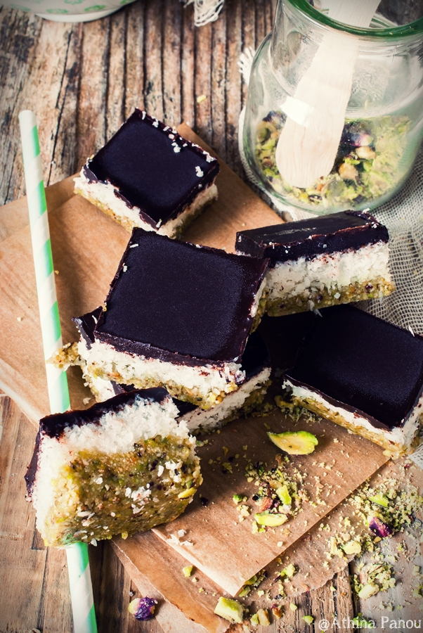 raw-vegan-coconut-bars-3